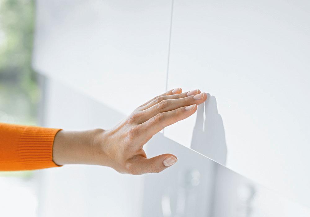 Abbildung Küchenschrank Touch Mechanismus